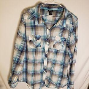 Torrid plaid button down shirt long sleeve size 1